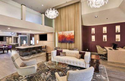 DoubleTree by Hilton Hotel Atlanta – Alpharetta lobby